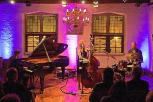 Kristin Korb Trio | JAZZ IN THE ZEITHAUS @ Autostadt | Wolfsburg | Niedersachsen | Germany